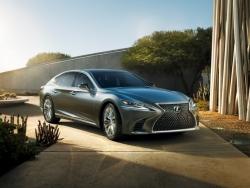 Lexus LS 2018: Nový model v luxusním provedení s desetistupňovým automatem