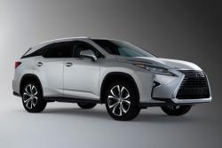 Sedmimístný Lexus RX L zamíří do Česka jako hybrid