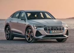 Vymazlená sportovní verze Audi e-tron láká na luxusní výbavu s celkovou cenou pod dva miliony
