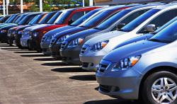 Nakupování aut online přináší výhody, které trh s ojetými vozy zatím nemá