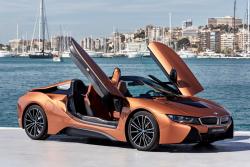 Luxus, jenž stojí za to vidět. BMW i8 Roadster přináší vizi budoucnosti