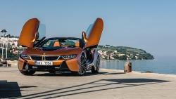 BMW i8 Roadster; čím vším se nám může pochlubit tento supersportovní vůz budoucnosti?