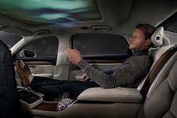 Luxusní navenek, luxusní i uvnitř. Volvo se chlubí svým třímístným konceptem S90 Ambience