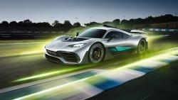 Vzácný model Mercedes-AMG Project One má českého majitele